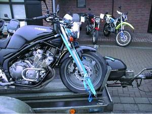 Motorradzurrgurt für Anhänger